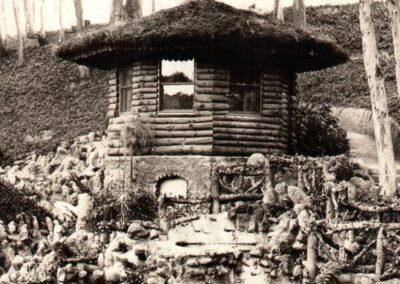 Mystic Hut as seen in The Original Busch Gardens by Michael Logan